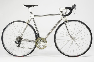 Our final sequential shifting Di2 chip went onto this stainless Kelly Bedford.