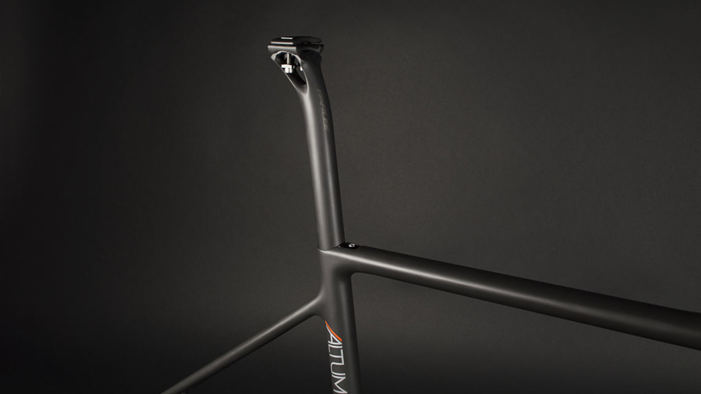 A close look at the seat post of the Parlee Altum